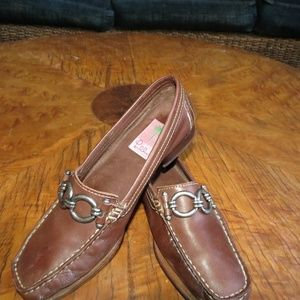 Lilly pulitzer leather loafers size 6.5M